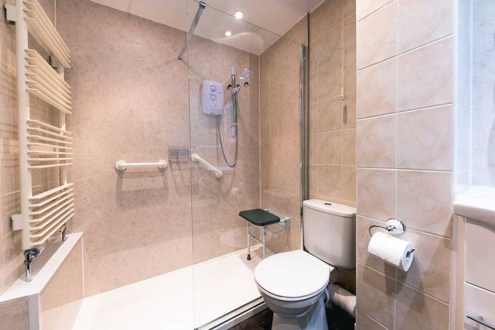 Accessible bathroom walk in shower