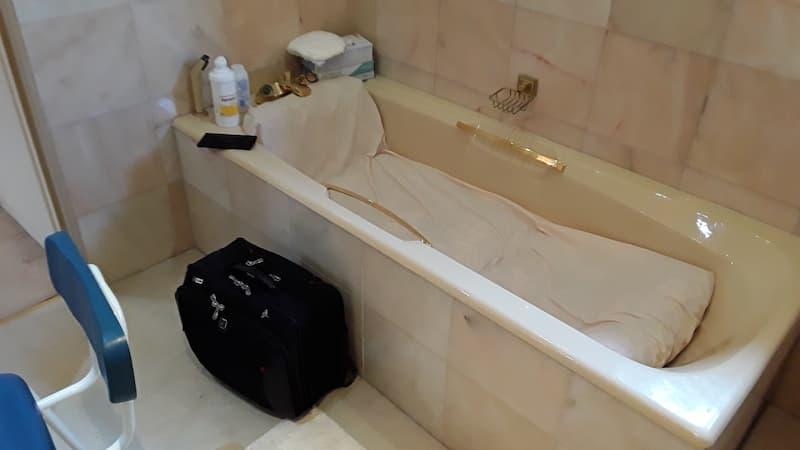Stuber bath before assisted instalments